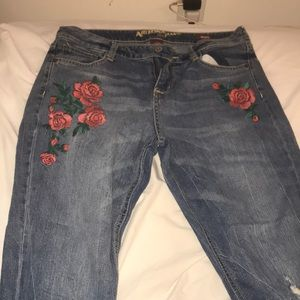 Pants - Rose ripped jeans